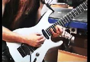 ギターソロ炸裂
