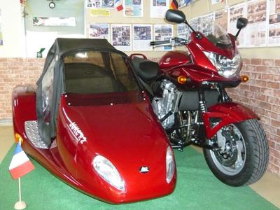 2008年5月バンデッド+J-2展示