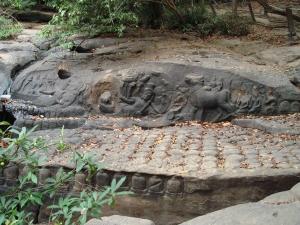 クバルスピアンの彫刻