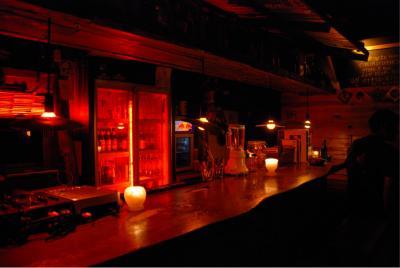 bar rudeboy 内装 カウンター