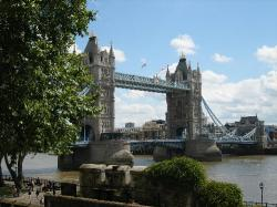 ロンドン塔:タワーブリッジ