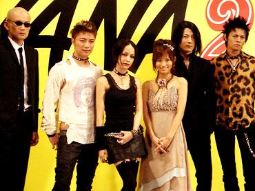 nana_jojo061004_01