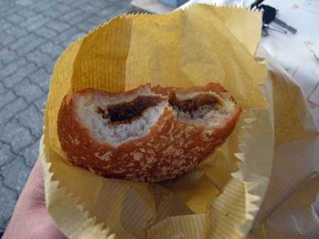 大山PAのカレーパン