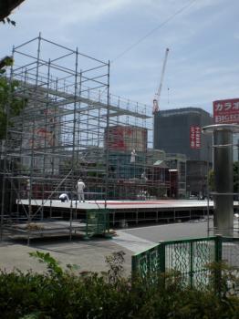 2009よさこいステージ建設中!!