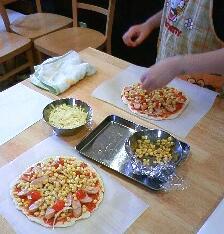 親子ピザ作り