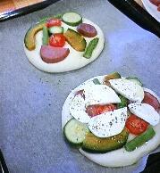 野菜とモッツァレラのフォカッチャ