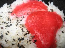 ご飯にはごま塩と紅生姜
