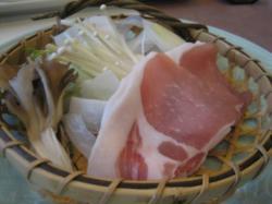 網走産クリーンポークと野菜