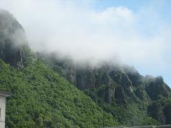 ガスがかかる層雲峡の渓谷