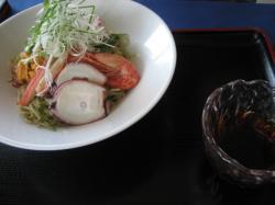 魚介の冷麺 950円