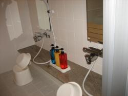洗い場にはシャンプー類も完備(^^)