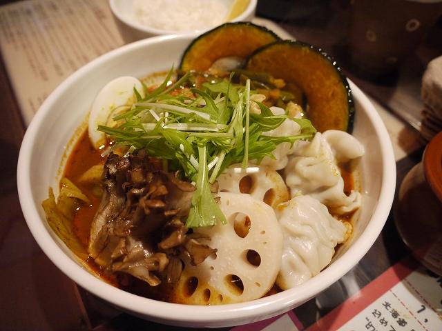 手羽元と舞茸+レンコン、餃子(12)チキン_20090308