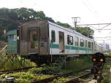 E231系に引き出されたクハE233-2001