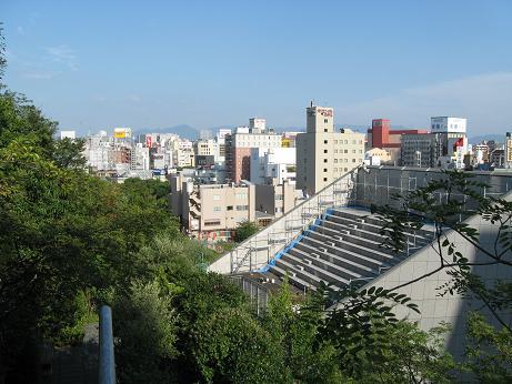 アクロス福岡04