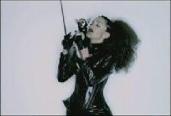 Madonna-003.jpg