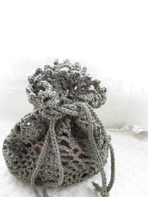 かぎ針編みのの巾着