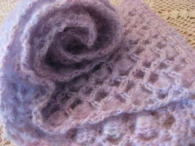 薄紫のスカーフ