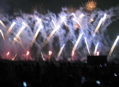 中山競馬場の花火大会