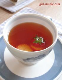 いちごの紅茶