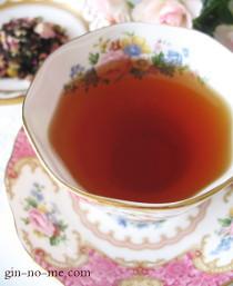 紅茶とハーブのブレンド バラ
