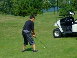 小学生でゴルフかよっ!