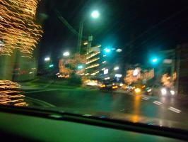 こんな時は、交差点で止まって撮る訳には