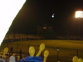 黄色い風船のハズが、変なショットにっ!