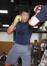 UFC100_秋山成勲