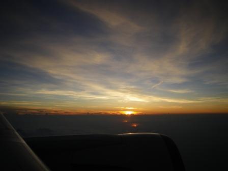 飛行機からみた夕日