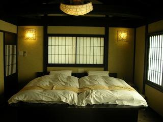 2階に寝室があります♪