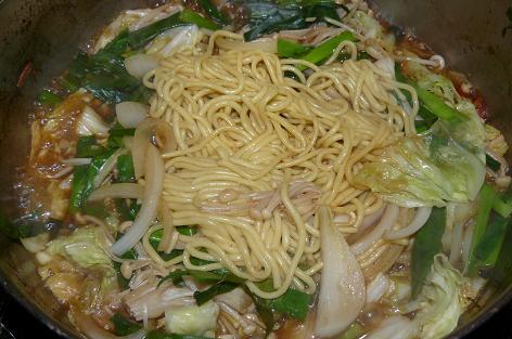 シメは中華麺で