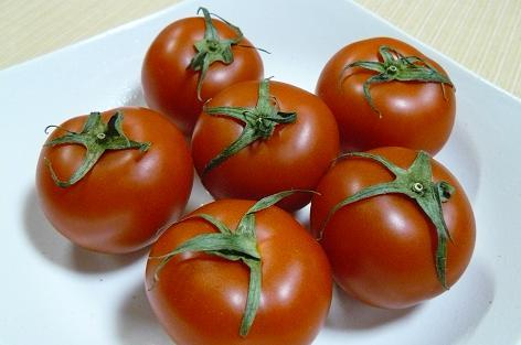 トマト工場産のトマト