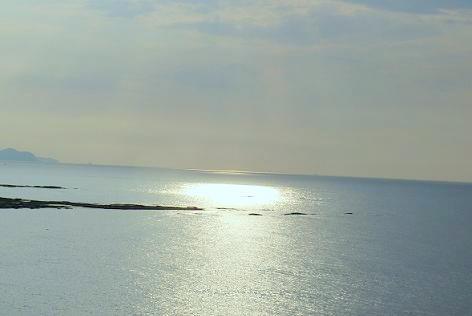 夕日が海に光って・・・