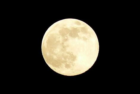 金曜日の満月♪