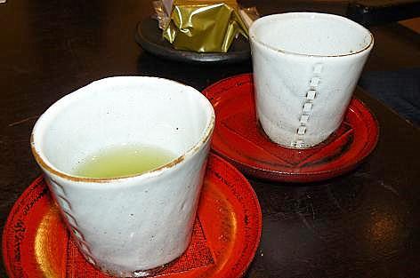 お茶を頂きました♪