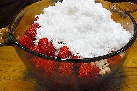 砂糖を入れて・・・