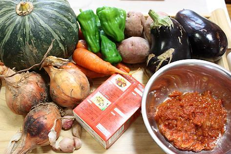 夏野菜のシチューの材料♪