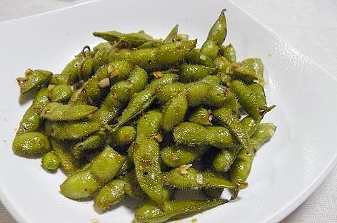 枝豆のバターニンニク醤油炒め♪