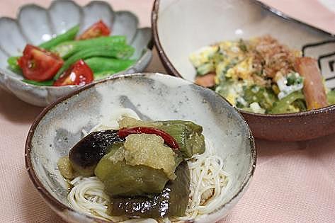 ナス煮素麺とゴーヤちゃん♪