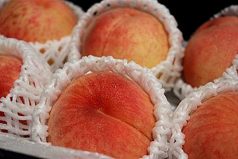 頂き物の桃♪