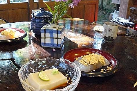 ゴマ豆腐とくず餅