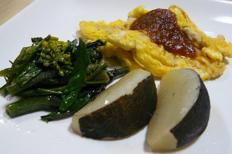 黒大根とアスパラ菜のソテー