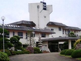 亀山慣行ホテル