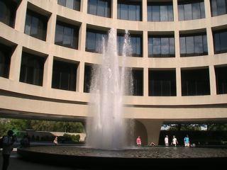 内側の噴水