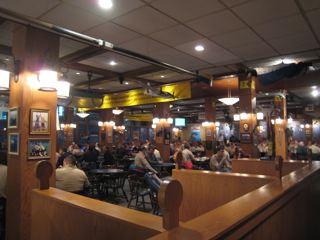 Dahgren Hall内のカフェ