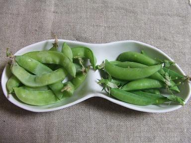 2種類のえんどう豆