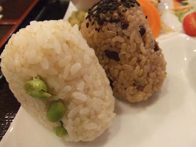 胚芽米枝豆むすび 玄米あずきむすび