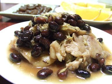 鶏肉のさっぱり煮に黒豆みょうが