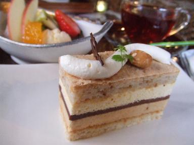 くすの木 ナッツのケーキ