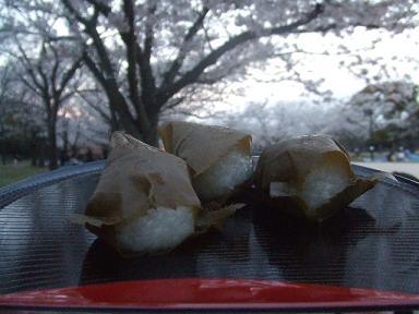 叶匠壽庵 桜餅